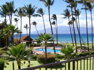 Beautiful Ocean View (totally remodeled) Condo!, Lahaina