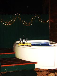 Private Hot Tub, with motto jets.