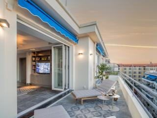 Stay luxury in Nice with stunning view