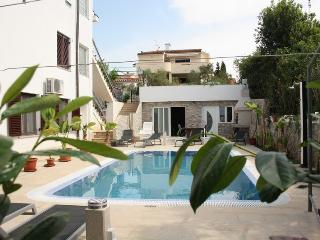 Bright and Modern Apartment  Vito with a Pool A4b, Krk