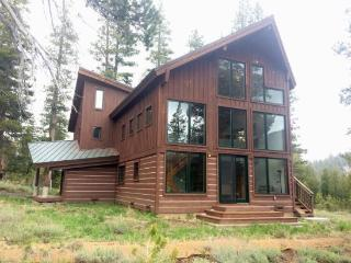 Large Family Home on the Meadow, Hawkweed Way, South Lake Tahoe
