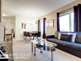 Ottawa Balmoral 2BR Furnished Apartment