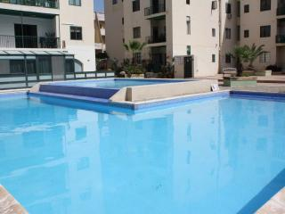 Apartment with Pool 1 minute from the seafront, Bugibba
