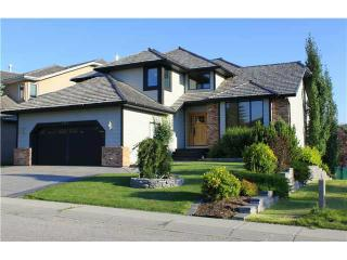Beautiful 4BR in SW Calgary