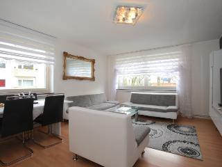 ID 3960 | 5 room apart. | WiFi | Hannover