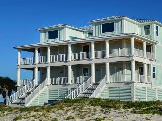 Castle in the Sand West! Gulf-front w/prvt pool!!, Orange Beach