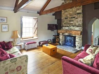 MONKSMOOR HOUSE, character cottage, woodburner, WiFi, country views, close to amenities, in Middleton-in-Teesdale, Ref. 917583, Middleton in Teesdale