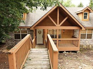 DeerHaven Lodge : 2 Bedroom, 2 Bath Stonebridge Resort Cabin, Branson West
