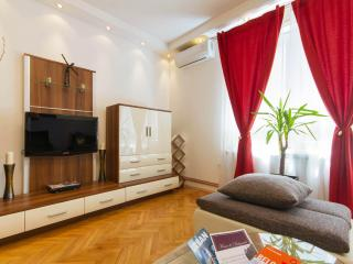 1 Bedroom Apt PRINCE - in the heart of Belgrade!, Belgrado