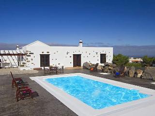 Villa TEZIGA in Teguise for 4 persons