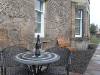 Gladstone House Garden Apartment, Stirlingshire