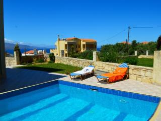 Villa Tavronitis with private pool and sea view