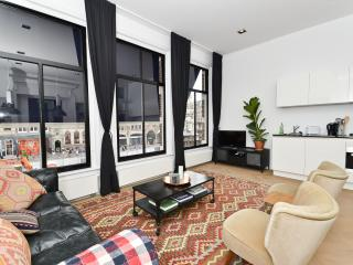 Newly-renovated, luxury/spacious suite city centre, Amsterdam