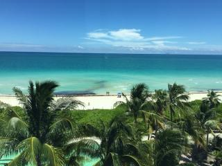 Direct Ocean View Renovated 904 on 9th Floor, Miami Beach