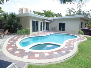 Dolphin Isles: BEACHES.BEACHES.  2 miles to Las O, Fort Lauderdale