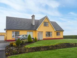 ROSE COTTAGE, semi-detached, all ground floor, off road parking, shared garden, in Roscommon, Ref 904623