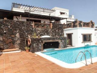 Villa LASTIAN in La Asomada for 8 persons