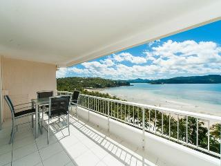 Whitsunday Apartment E806, Hamilton Island