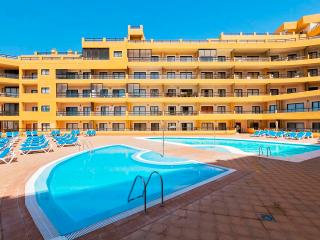 Nice and Cozy 2 Bedroom apartment with heated pool, Golf del Sur