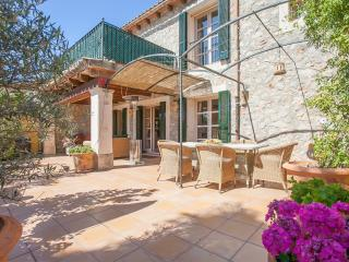 Charming 4 bed  traditional stone village house, Puigpunyent