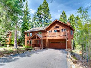 Roomy home w/ hot tub & access to private beach, Tahoe City