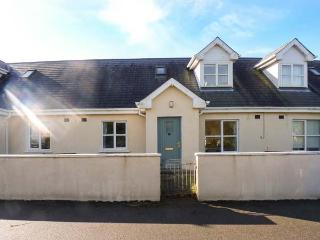 12 FAIRWAY DRIVE, moments from the beach, two bathrooms, near golf club, in Rosslare, Ref. 925833