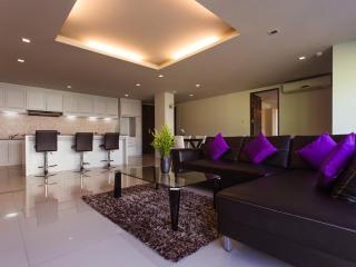 Luxurious Penthouse Near Beach!, Patong