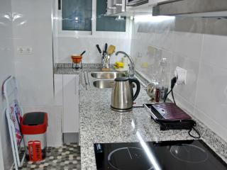 A specious modern clean apartment in Valencia cent