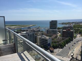Penthouse Suite w/Waterfront View!!, Toronto