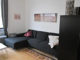 Apartment in Antwerp's Diamond area, Antwerpen