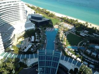 Fontainebleau Oceanview Apartment, Miami Beach