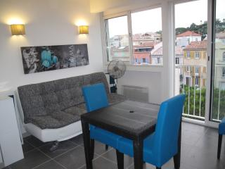 Studio Sainte Maxime well-placed,wifi,parking incl, Sainte-Maxime