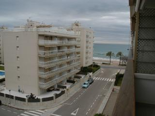 Superb apartment, 50 meters to beach, 4-6 persons, Calafell