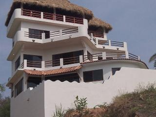 Casita Blanca, Puerto Escondido