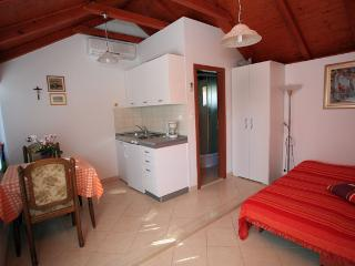 Holiday studio in Supetar
