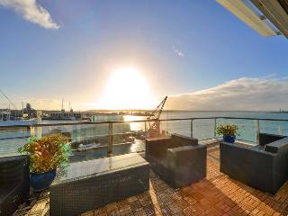 Penthouse Waterfront 3 bedroom Apartment on Princes Wharf, Auckland, Auckland Central