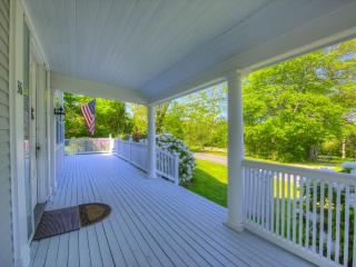 BREATHTAKING PROPERTY ON THE BAYSIDE !! 125349, Barnstable