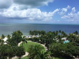 OCEAN View Studio at the Luxurious Ritz Carlton 5*, Key Biscayne