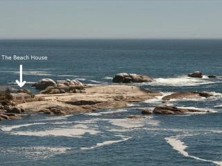 Beach house on the rocks, Bakoven