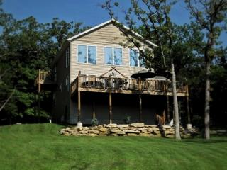 Tablerock Seclusion-150' to Shore, Hot Tub w/View!, Ridgedale