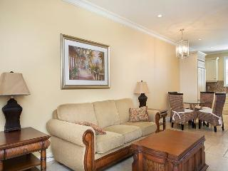30 night Minimum Stay Heart of Historic downtown 204  2 bed 2 1/2 Bath, Key West