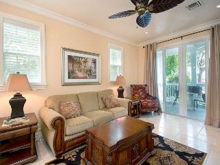 30 night Minimum Stay Heart of Historic downtown 214 2 bed 2 1/2 Bath, Key West