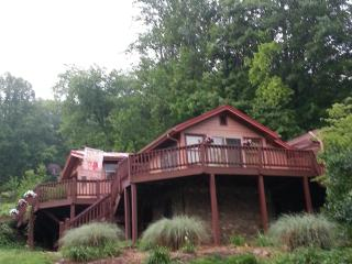 Cold Mountain River Retreat in Mtns of Western NC, Canton