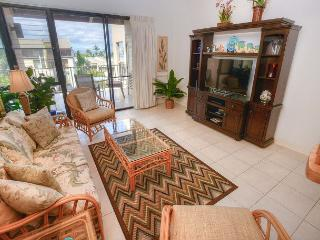 2-bedroom Renovated Ocean View Condo with Expansive Lanai, Kihei