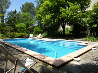 4bedroom house with pool near Montpellier, Vailhauques