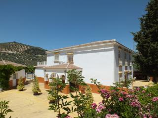 Group Villa 20 Seasonal Heated Pool,Hot Tub,wifi,, Iznajar