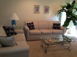 Rehoboth Condo Close to Beach and Shopping, Rehoboth Beach