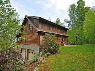Large Log Cabin on App Ski Mtn, Blowing Rock