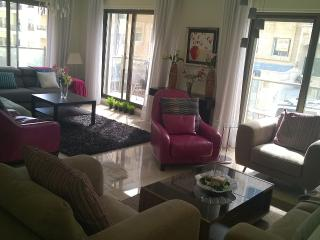 luxurious and cozy home in desirable Rabyeh, Amman