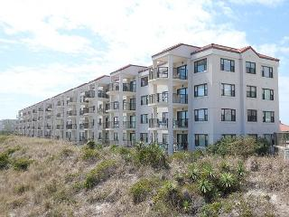 DR 1110 - 3 bedroom 2 bath ocean front condo right on the ocean front, Wrightsville Beach